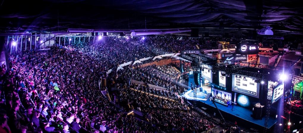 StarLadder Invitational — украинский турнир по киберспорту с призовым фондом $100 000