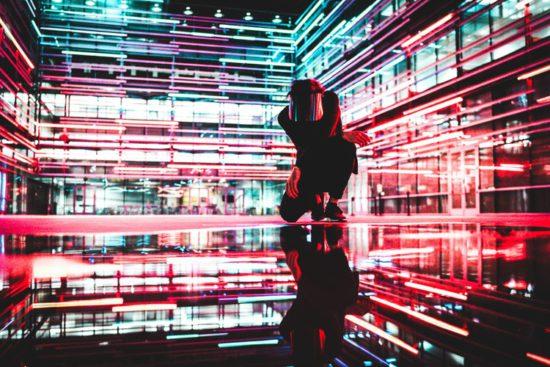 Интернет-реклама и доступ к AR и VR-контенту