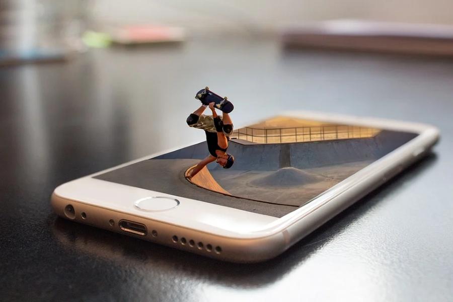 App Annie: Зумери проводять у мобільних іграх на 15% менше часу, ніж люди старші 25 років